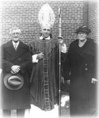 Bishop Muench with his parents